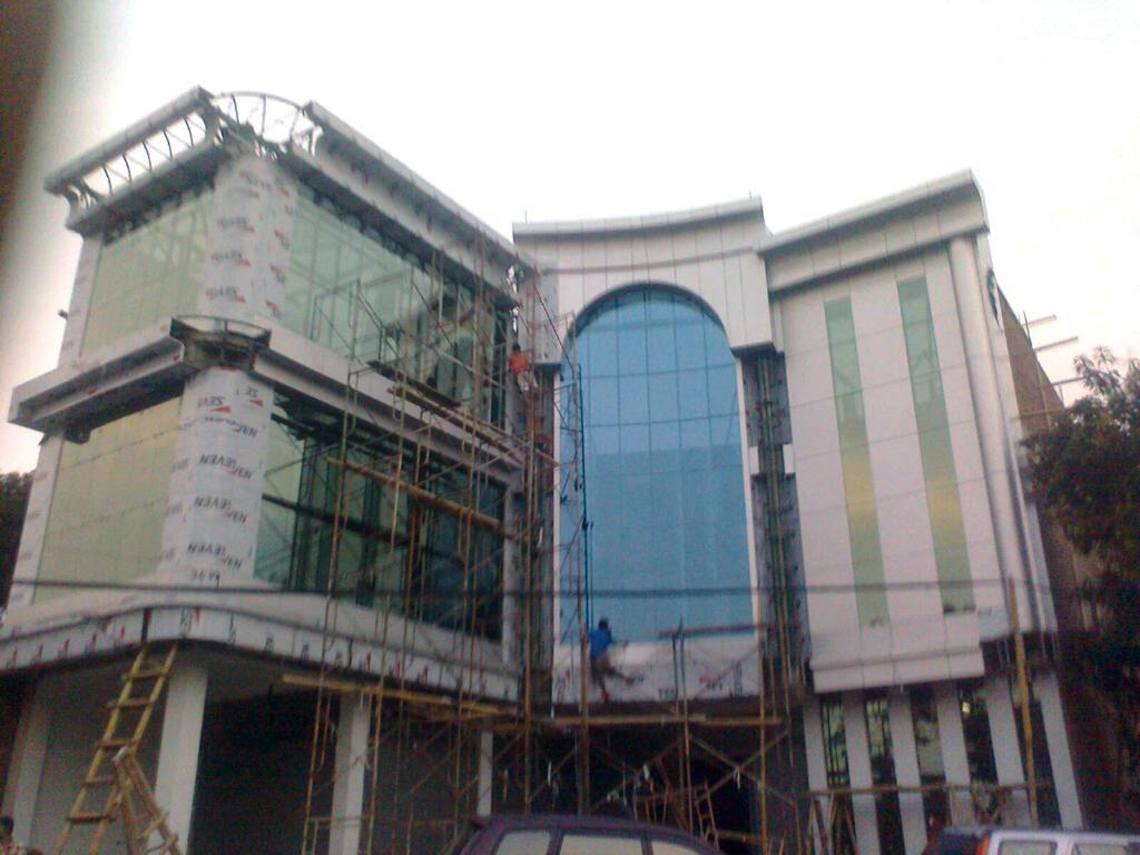 Jasa Aluminium Composite Panel Kaca dan Curtainwall murah