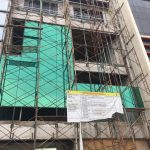 Curtainwall kaca 5 mm polos dengan Kaca film one way