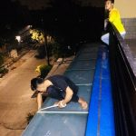 Canopy Kaca tempered dengan sundblast sticker